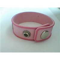 rub bracelet