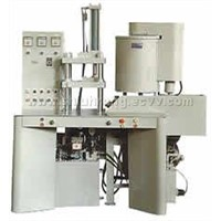Automatic hydraulically operated single nozzle wax injection machine