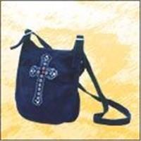 tote bag,cosmetic bag,handbag,wallet,backpack,trendy accessories