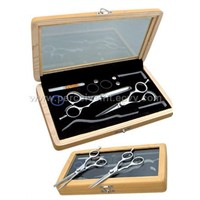 Razor Scissors set with wood box