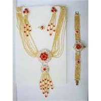sell necklace and other fashion jewelry