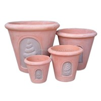 planter of terracotta and chocolate combination