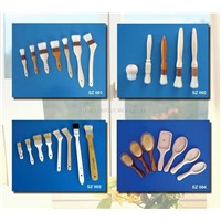 Brushes: pastry brushes, paint brushes, industrial brushes, wall brushes