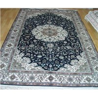 300 L silk carpet