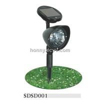 Solar plastic lawn lights