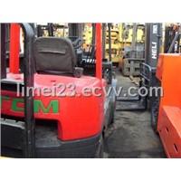 Used Forklift (TCM FD 30Z5)