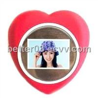 1.5'' Red Heart Digital Photo Frames