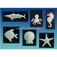 Ceramic tropic sea shell/fish wall plaque