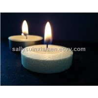 Tea light candle of palm wax