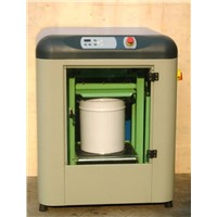 Automatic clamping paint shaker