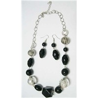 Necklace / Earring Set