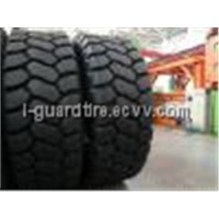 33. 00R51 Tyre for CAT785 Mining Truck