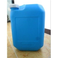 6 US gallon plastic containers