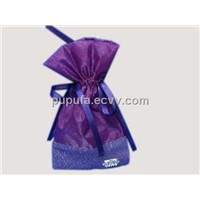 organza gift pouches with metal tag