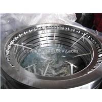 Crossed roller slewing ring
