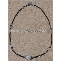 Black Clear Cracked Crystal Necklace