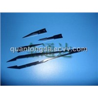 Anti-electrostatic PEEK chip forceps