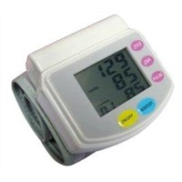 Automatic digital portable LCD arm wrist blood pressure monitor with battery CE approval
