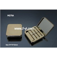 Elegant Golden Eyeshadow Case