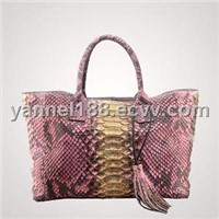 Big scale python tote bag