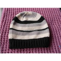 Knitted-cap Classic black and white color