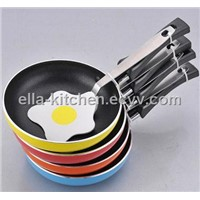 mini fry pan with nylon spatula