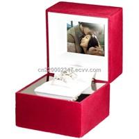 beautiful video jewelry box