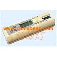 beekeeping equipment,beekeeping tool,digital honey refractometer