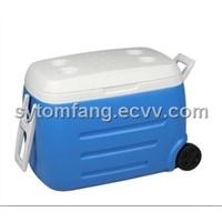 55L wheeled plastic cool box