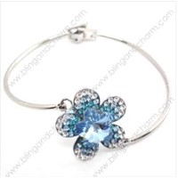 Floral Rhinestone Bracelet RB02