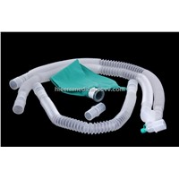 Disposable collapsible anesthesia breathing circuit