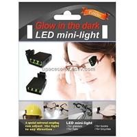 Glow in the dark LED mini-light (3 lights)