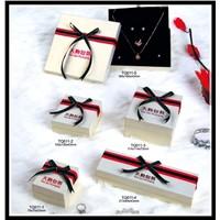 Kraft paper jewelry boxes