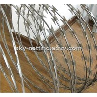 Razor Wire Fencing/Cheap Galvanized Razor Barbed Wire Bto-22 30 Cbt-60 65 (Isofactory)