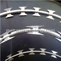 450mm/700mm coil diameter BTO 22 concertina razor barbed tape