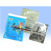 OPP / CPP Laminated Garment Plastic Bags, Sealable Plastic Bags For Storing Garment