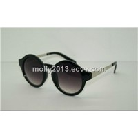 supply high-quality fashion sunglasses with PC frame