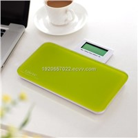 Electronic mini body scale with foldable display