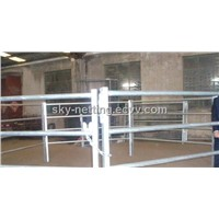 Factory Product High Zinc Anti-corrosion Portable Easy Install HorsePanel For Farm