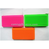 New fashion embossed&debossed zipper silicone bag,cosmetic bag