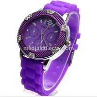 2014 Promotional and Cheap Silicone Bracelet Geneva Watches