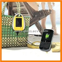 Fashion Popular Solar Mobile Charger with Carabiner
