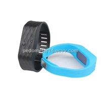 Accelerometer Bluetooth Wrist Pedometer Based on IOS & Android