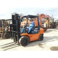 TOYOTA 7FDN30 Forklift