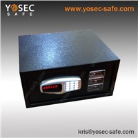 Electronic hotel room safe