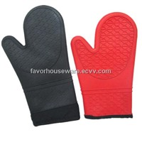Siliocne fire proof oven mitt