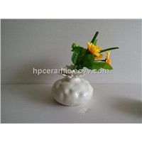 White Elegrant Porcelain vase, table vase