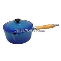 cast iron sauce pan