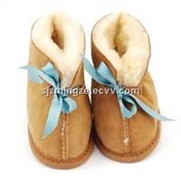 Lamb fur baby boots