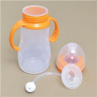 baby feeding nurser with nipple made from FDA LFGB standard silicone material